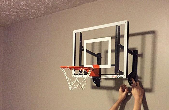 wall-mounted-hoop polycarbonate